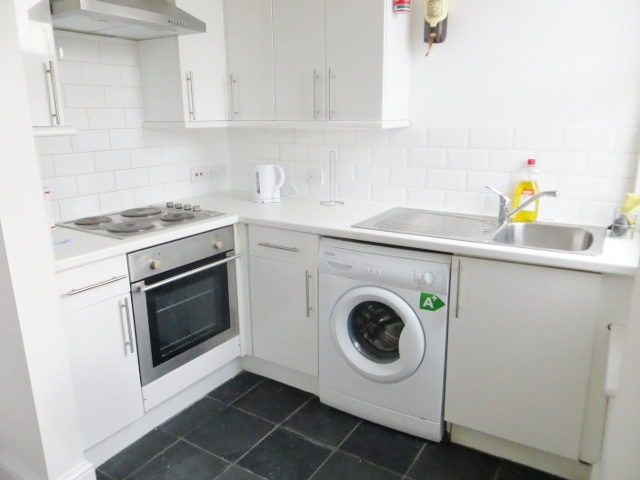 Wellmeadow Road, Hither Green, London, SE13 6TB