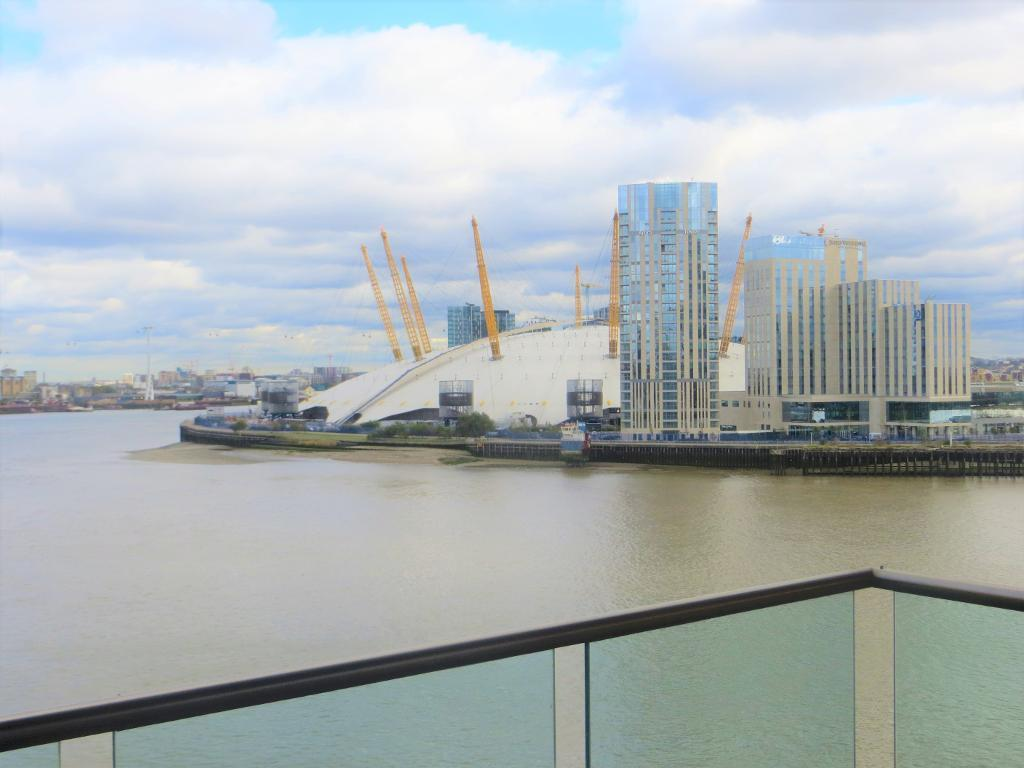 New Providence Wharf, 1 Fairmount Avenue, Docklands, London, E14 9PB